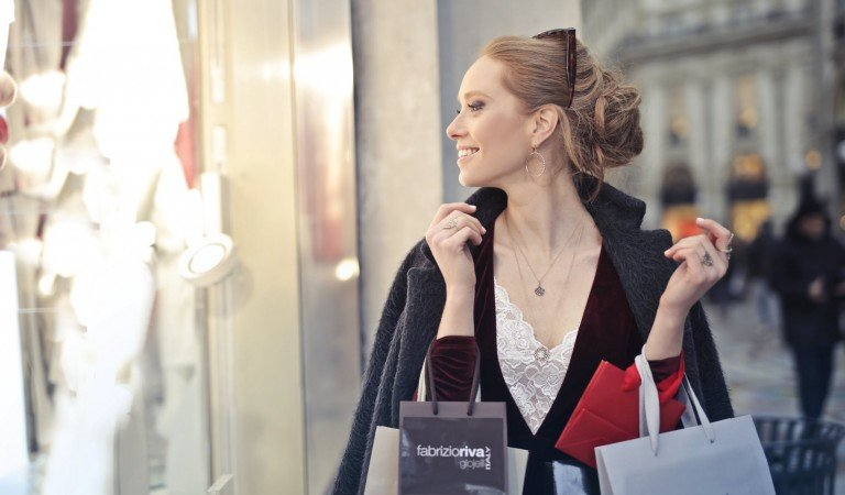 How To Know If You Are a Shopaholic?