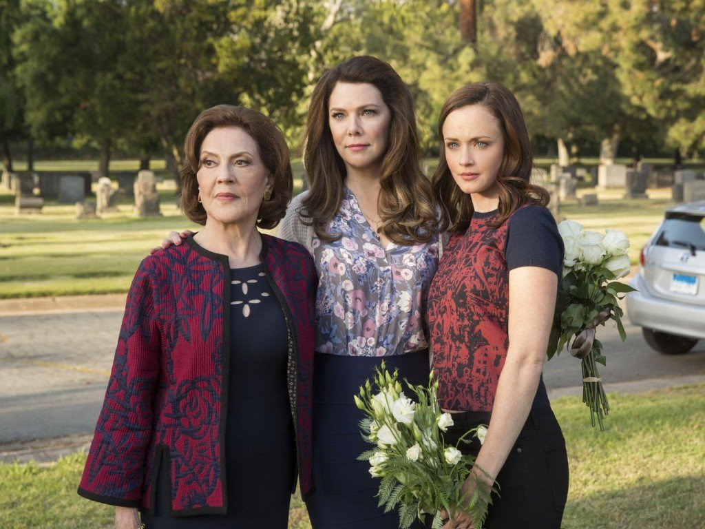 The Verge The new Gilmore Girls is weirdly hostile toward fans, wome