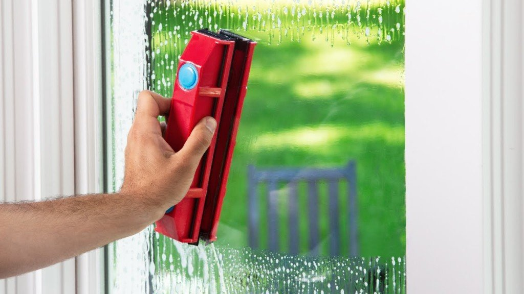 Glider Magnetic Window Cleaner