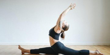 Step By Step Guide To Perform The Perfect Hanumanasana (Monkey Pose)