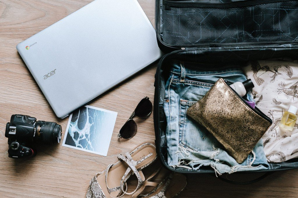 5 Tips To Save Money At The Airport!