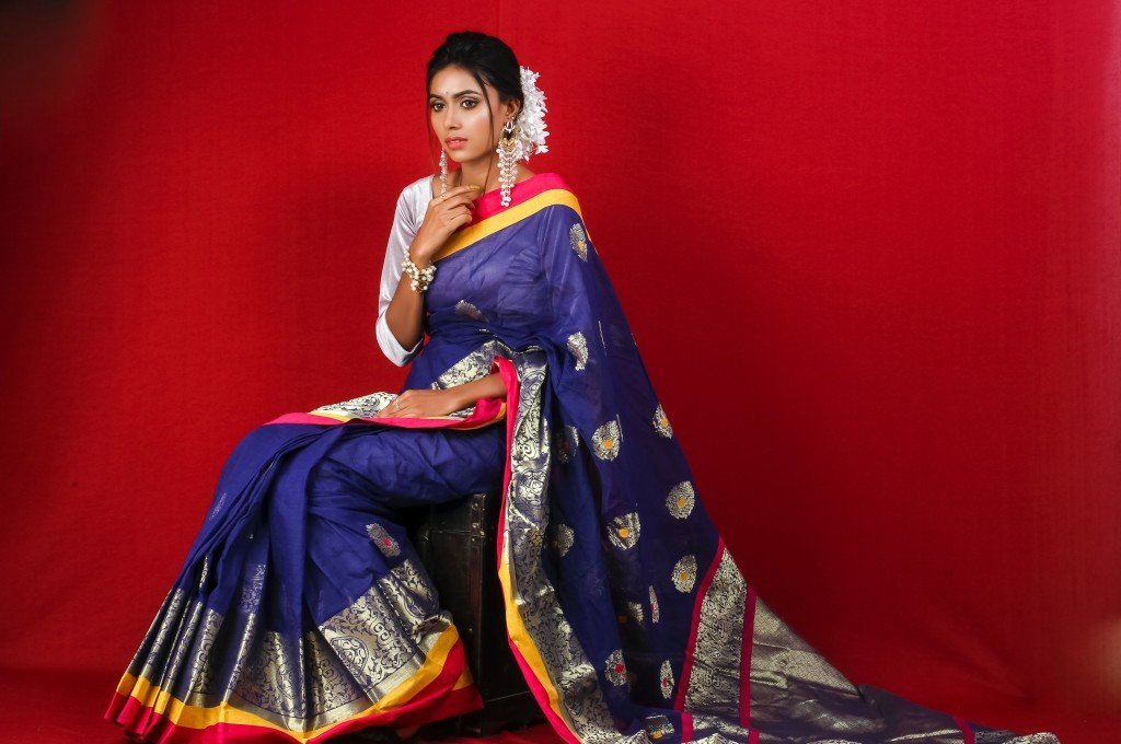 Threaded Beauty – The 7 Most Beautiful Traditional Dresses From Different Nations