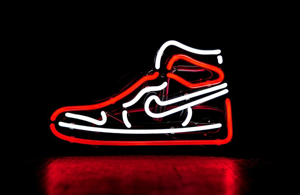 Wanna Go Handsfree? Pick Nike Go Flyease!