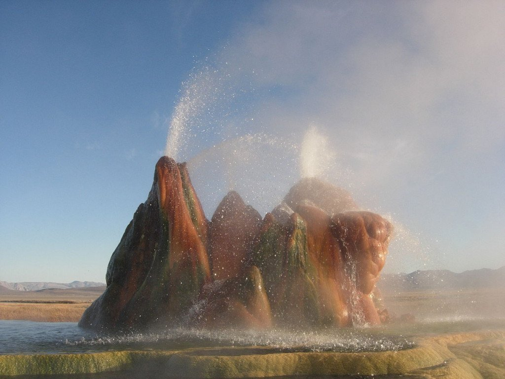 Fly Geyser, Nevada – Oh What A Wonder! But Hey… Keep A Safe Distance!