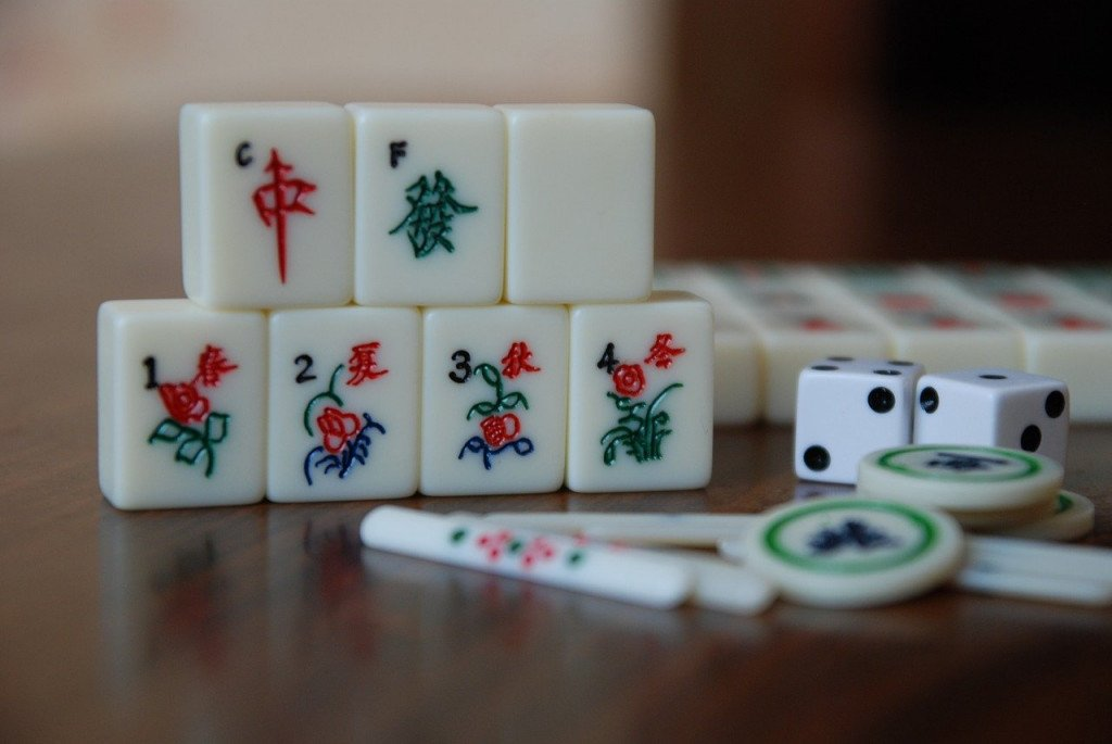 6 Ancient Board Games That We Now Play In A New Avatar